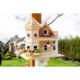 Sea Cliff Cottage Birdhouse – Yellow