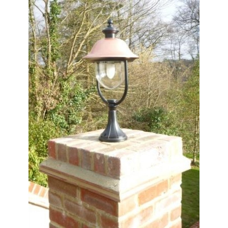 Pedestal Copper Lantern Light