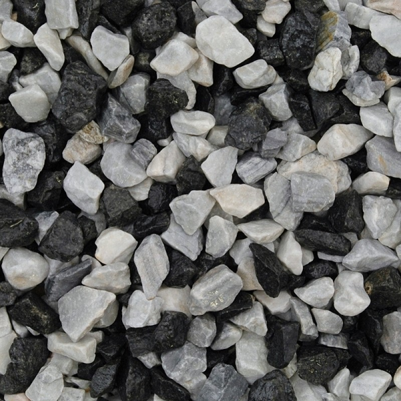 Black Ice Chippings Wet