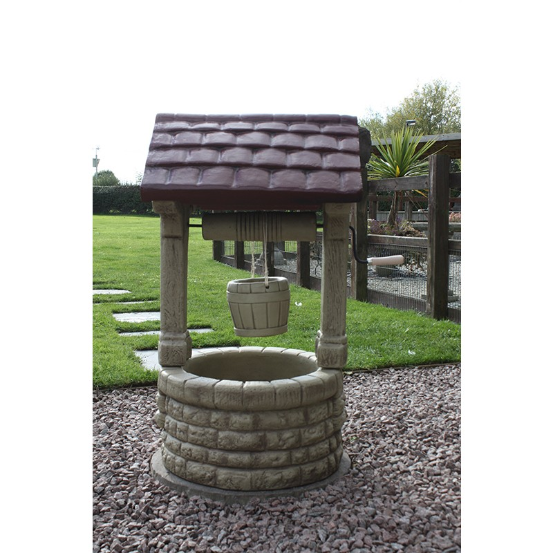 Large Wishing Well (Border Stoneware)