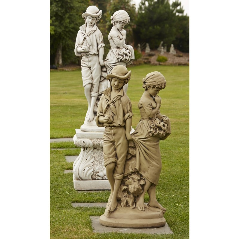 Young Love Garden Statue