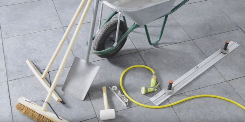 Tools used for EASYJoint, the qulaity paving compound
