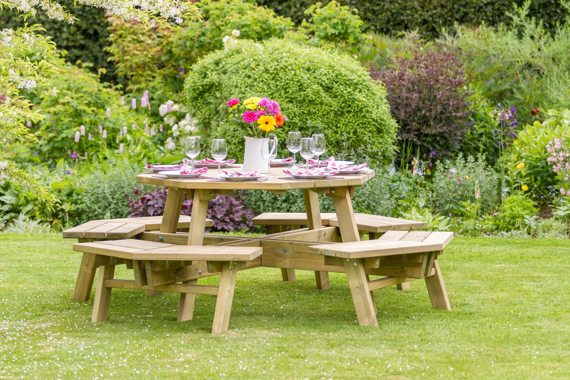 Self assembly wooden garden furniture from Supreme Landscaping Products