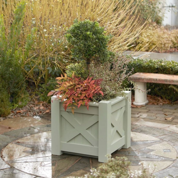 The Kensington Planter from Supreme Landscaping Products