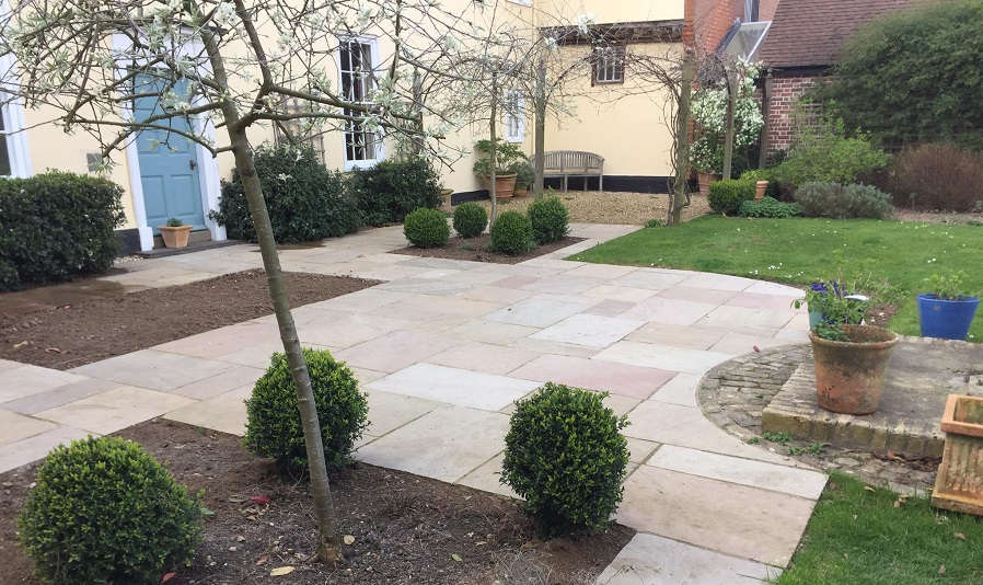 Hard Landscaping Solutions from Supreme Landscaping Products
